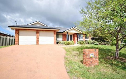 32 Cypress Point Drive, Dubbo NSW 2830
