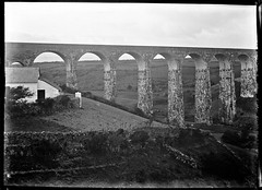 """""""Durrow Viaduct, Stradbally, Co. Laois"""" is probably not... (National Library of Ireland on The Commons) Tags: eason easonson easoncollection easonphotographiccollection glassnegative 20thcentury nationallibraryofireland ireland ballyvoyle viaduct waterforddungarvanrailway possiblecataloguecorrection irishcivilwar ballyvoyleviaduct locationidentified"""