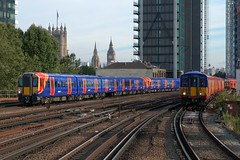 458512 + 455727 (40011 MAURETANIA) Tags: vauxhall southwesttrains southwest swt blue red class 450 455 456 444 458 159 waterloo train unit emu electricmultipleunit parliament housesofparliament