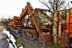 Hydromac HYd4 (riccardo nassisi) Tags: car wreck rust rusty relitto rottame ruggine ruins scrap scrapyard sfascio sfasciacarrozze epave escavatore excavator hydromac abbandonata abbandonato abandoned auto