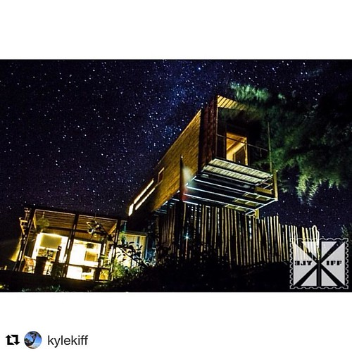 Glamorous and sparkling our sister @The Sirena Insolente #hostelpichilemu in #puntadelobos ready for the stary night @waitaraclub @tpi_hostels_chile
