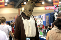Groot cosplayer (Gage Skidmore) Tags: groot guardians galaxy cosplay cosplayer phoenix comicon fan fest 2016 convention center arizona