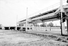 Unused Green Line Structure at Dorchester, 1996 (WayOutWardell) Tags: woodlawn chicago