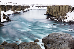 Is it possible I could feel this cool (OR_U) Tags: 2016 oru iceland ice water river le longexposure hue colour movement season snow sade landscape rocks rockformation jkulsfjllum