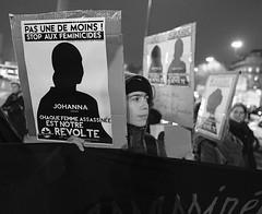 _DSF9059 (sergedignazio) Tags: france paris street photography photographie fuji xpro2 internationale lutte violences femmes