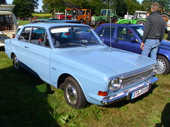 Ford Taunus 12m P6 1968 (Zappadong) Tags: tostedt 2016 ford taunus 12m p6 1968 zappadong oldtimer youngtimer auto automobile automobil car coche voiture classic classics oldie oldtimertreffen carshow