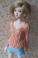 IMG_3461-1 (Angry Cutie aka z.pupsik) Tags: silver knitting crescent momoko