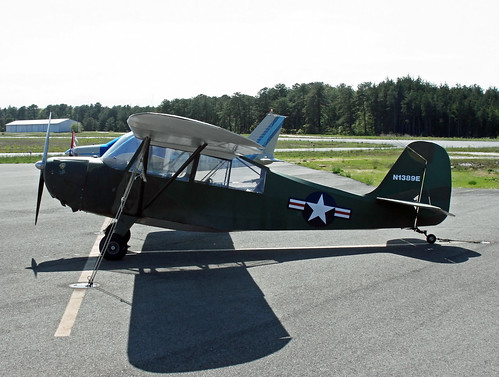 Aeronca 7BCM Chief (N1389E)