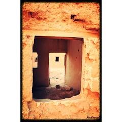 وبقيت الحكاية ... (Ahmad Al-Romaih) Tags: house heritage window outdoors desert indoors بيت قديم نجد خلا طين