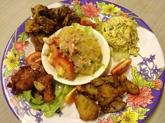 Kombi Nation Platter (Lester Ong) Tags: food coffee dinner asian lunch restaurant cafe singapore tea 70s kombirocks