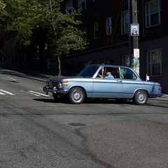 BMW 2002 (Kevin_Barrett) Tags: seattle 2002 car 35mm washington sam sony transportation squareformat bmw alpha capitolhill slt a77 newclass