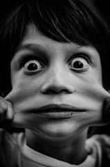 ElastiBoy (PaxaMik) Tags: portrait texture face eyes lips yeux visage regard elastic lèvres élastique portraitnoiretblanc exorbité