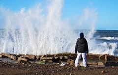 Renzo y el mar (El Manco) Tags: sea patagonia costa argentina mar nikon south shore sur