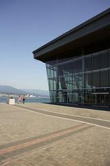 Vancouver Convention Center - LMN (8) (evan.chakroff) Tags: canada vancouver britishcolumbia da conventioncenter 2009 mcm lmnarchitects lmn vancouverconventioncenter evanchakroff vcec vancouverconventionexhibitioncenter chakroff