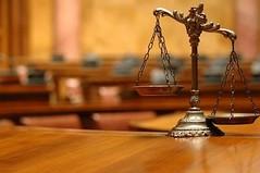 何兵:没有法官的岁月—红旗下的法官