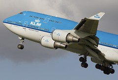 KLM - Royal Dutch Airlines Boeing 747-406M (Ewout Pahud de Mortanges) Tags: netherlands amsterdam canon aircraft aviation nederland boeing klm airlines departure ams spotting eham noordhollands polderbaan kaagbaan 747406m