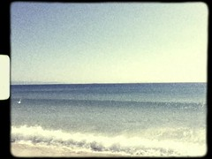 (Vallelitoral) Tags: old blue sea sky cute beach azul vintage mar video nice flickr wave playa retro cielo app ola horizonte tarifa iphone flickraward iphonegraphy