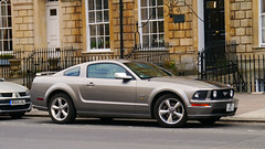 uk england ford car us bath britain united great kingdom somerset voiture pony american gb mustang gt 2008 coupe generation coupé fifth v8fpj