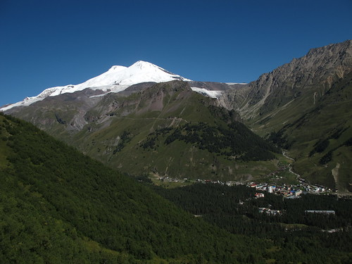 "Elbrus EXPLORJ (1) <a style=""margin-left:10px; font-size:0.8em;"" href=""http://www.flickr.com/photos/125852101@N02/17702221740/"" target=""_blank"">@flickr</a>"