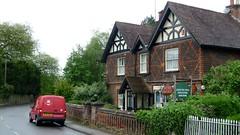 Albury Post Office (bobsmithgl100) Tags: office post surrey royalmail van vauxhall combo albury kns wp10 alburystreet wp10kns