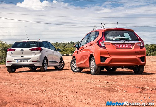 2015-Honda-Jazz-vs-Hyundai-Elite-i20-21