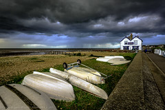 Storm clouds (Georgio's Photography) Tags: neptune neppie whitstable pub storm sky scenicsnotjustlandscapes landscape