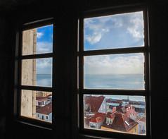 Lisboa through the window