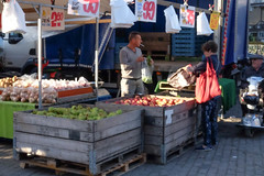 DSCF7428.jpg (amsfrank) Tags: candid rotterdam market markt blaak