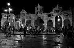 After the patron saint's festival ( Ivan) Tags: lecce apulia puglia italy salento piazza plaza square night city cityscape catholic festival saint oronzo orontius people lights canopy summer illumination