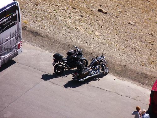 Suzuki et Harley-Davidson
