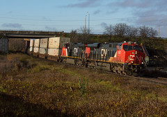 Early Light Q148 (Joseph Bishop) Tags: cn 2892 ge es44ac trains train track tracks railfan railroad railway rail rails gardenave brantford cndundassubdivision