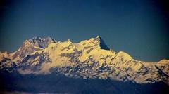 NEPAL, Flug über den Wolken entlang dem Himalaya-Gebirge von Varanasi nach Kathmandu , 15002/7633 (roba66) Tags: nepalflugentlangdemhimalayagebirge reisen travel explore voyages roba66 nepal asien asia südasien himalaya gebirge mountain berge range naturalezza mountains montana felsen rock rocks gletscher eis ice