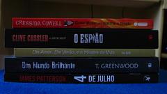 Lidos em Abril/2012 (Samantha M. de Souza) Tags: abril livros lidos arqueiro baldon intrnseca novoconceito