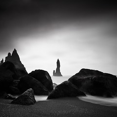 Reynisdrangar (cappuccino289) Tags: longexposure sea iceland rocks cliffs vik reyni