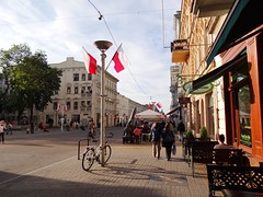 in the city (JoannaRB2009) Tags: street city people urban architecture buildings spring pavement citylife poland polska secession sidewalk busy walkers lodz łódź piotrkowska sonydschx100v lodzsecession secesjałódzka