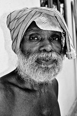 challenge (goonawardana) Tags: portrait smile blackwhite indian peoples zeisscontest2012