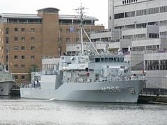 TCG Amasra M266 @ Canary Wharf 31-05-10 (AJBC_1) Tags: uk england london boat ship unitedkingdom military navy vessel nato warship minesweeper mcv navalvessel westindiadock minehunter turkishnavy m266 tcgamasra ajc ajc