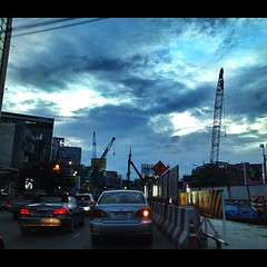 #trafficjam (jomisscall) Tags: trip travel sea sky music sun inspiration hot building tree glass car animals stone computer movie square thailand design boat diy photo search day ukulele guitar eating air lifestyle style bluesky tools enjoy squareformat about popular bluetooth decor pictureoftheday guitarist futsal ipic iphone photooftheday picoftheday the seasky twitter of facebok tehnology iphonography iphonegraphy iphoneography iphoneonly pinterest instagram instagramapp uploaded:by=instagram iphonesia snapseed foursquare:venue=4d42be63f2a6a09395c0d968 mobiiphoneonly thailandsquaready