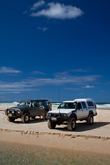 Parked at Eli Creek - Fraser Island QLD (Photos By Dean Quince) Tags: nature creek canon island eli nissan 4x4 australia 4wd toyota fraser 50d