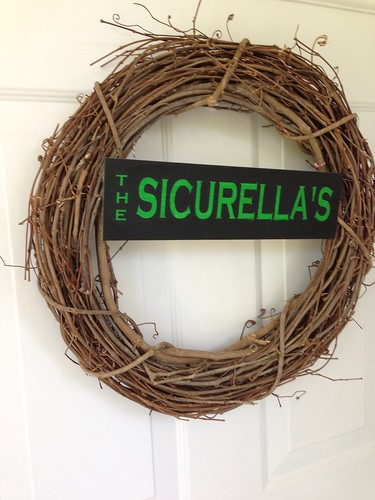 Wreath sign