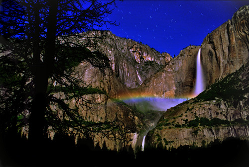 Yosemite Summer Moonboow