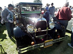 1926 Overland five window Doctor's coupe (sv1ambo) Tags: 1926 overland five window doctors coupe holden nationalmotoringheritageday memorialpark theentrance newsouthwales nsw