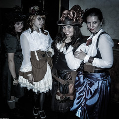 Steam Angels (JF Sebastian) Tags: barcelona girls portrait costume pub dress group goggles lolita steampunk desaturate morethan100visits morethan250visits nikoncoolpixs9100 eurosteamcon2012