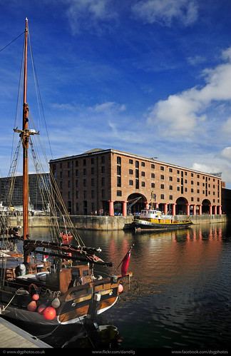 UK - Liverpool - Docks 06