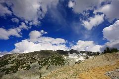 Blackcomb mountain-Whistler (Samir D) Tags: blue sky cloud mountain canada clouds canon whistler eos bc britishcolumbia alpine northamerica barren blackcomb sigma1020 canon40d canon40dcanon samird