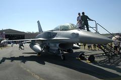 666/01-6015 Lockheed Martin F-16DJ Fighting Falcon Republic of Singapore Air Force (Robert Frola Aviation Photographer) Tags: nikond70 f16 2008 generaldynamics rsaf yamb defenceforceairshow2008