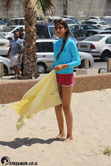IMG_8741 (Streamer -  ) Tags: ocean sea people green beach nature students ecology up israel movement garbage sunday north group young cleanup clean teen shore bags  nonprofit streamer  initiative enviornment    ashkelon          ashqelon   volonteers      hofit