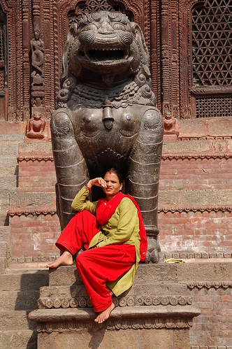 "d1 - Kathmandu - Durbar Square (25) <a style=""margin-left:10px; font-size:0.8em;"" href=""http://www.flickr.com/photos/125852101@N02/17873335672/"" target=""_blank"">@flickr</a>"