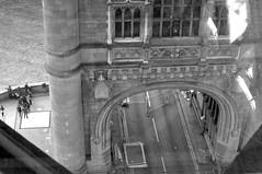 'Road Closed' (EZTD) Tags: eztd eztdphotography eztdphotos london londres londra londonimagenetwork londonist 2016 photos fotos londinium londonengland photosdelondres londonimages lin imagesoflondon nikond90 october2016 england foto photograph photography eztdgroup linphotos eztdfotos inglaterra angleterre ingles image allabouttheimage towerbridge roadway road roaddeck