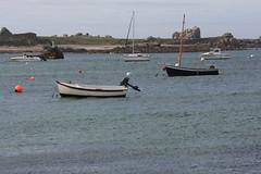 Embarcations à Argenton-en-Landunvez (Nord Finistère, Bretagne, France) (bobroy20) Tags: argentonenlandunvez argenton finistère brest côte rocher embarcation bateau bretagne brittany plage côteatlantique